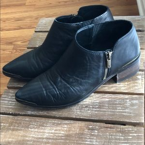 Lucky brand pointed black bootie